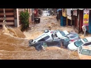 ГОРОД УХОДИТ ПОД ВОДУ! Ужасное наводнение в Уганде, тысячи людей пострадали, боль земли сегодня