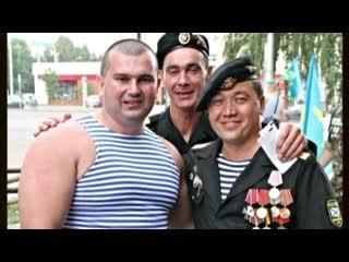 Сергей Голубев жмет 225 кг