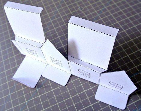 МОБИЛЬ ИЗ ДОМИКОВ-СВЕТИЛЬНИКОВ Под этот волшебный мобиль так приятно рассказывать сказки! Домики распечатайте по приведенному ниже шаблону на картоне, лучше сразу на дизайнерском картоне