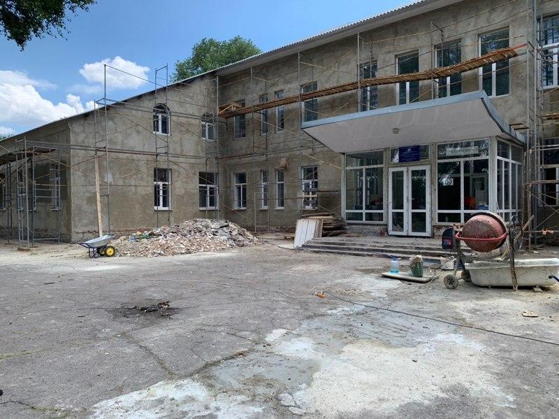 В прифронтовых районах Донецка идёт восстановление социально значимых объектов