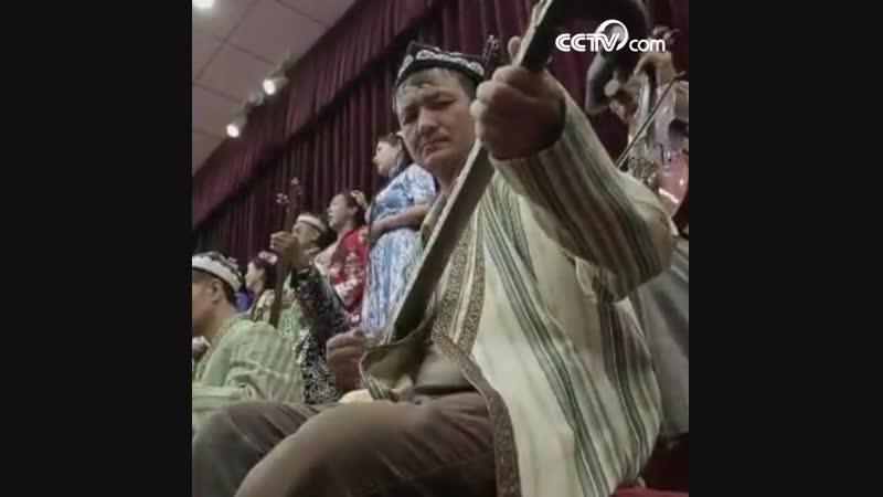 Двенадцать уйгурских мукамов-шедевр уйгурского музыкального искусства