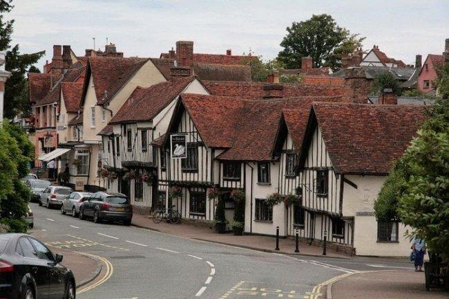 Кривая деревня в Англии, изображение №6